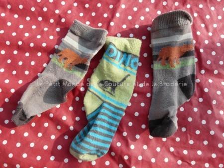 3 vieilles chaussettes