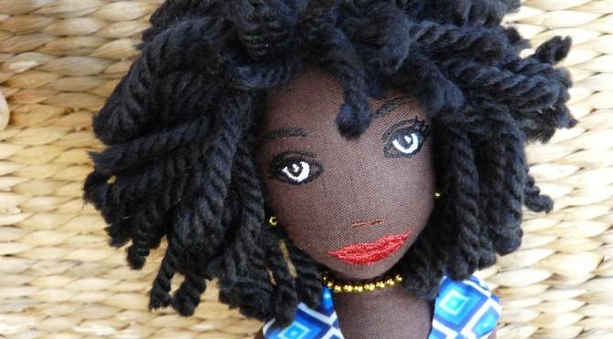 """Poupée """"Maï"""" n° 34 Art Doll"""